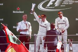 Second place Valtteri Bottas, Mercedes AMG F1, Race winner Lewis Hamilton, Mercedes AMG F1, receive their trophies