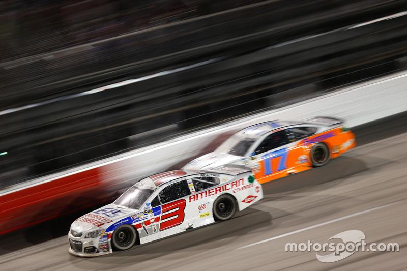 Austin Dillon, Richard Childress Racing Chevrolet, Ricky Stenhouse Jr., Roush Fenway Racing Ford