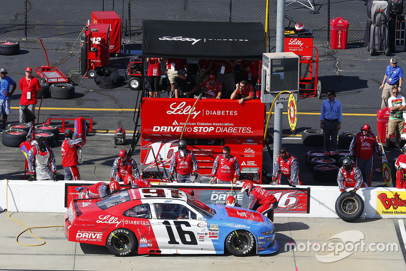 Ryan Reed, Roush Fenway Racing Ford, pit stop