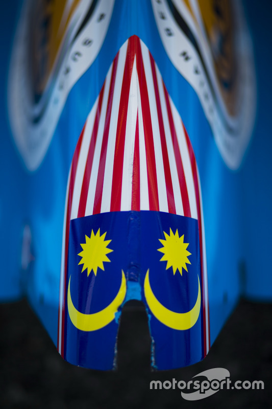 Mirror image of Malaysian flag on car of Akash Nandy, Jenzer Motorsport