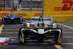 Andre Lotterer, Techeetah, leadNicolas Prost, Renault e.Dams