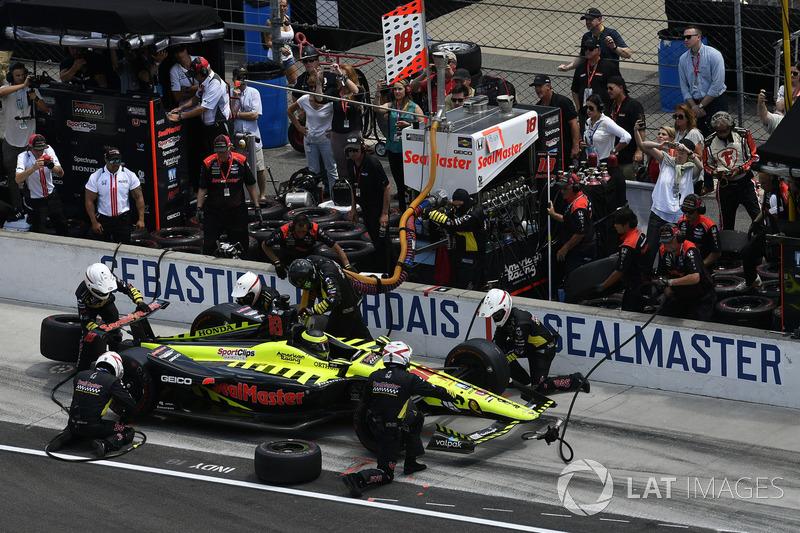 Sébastien Bourdais, Dale Coyne Racing con Vasser-Sullivan Honda, pit stop