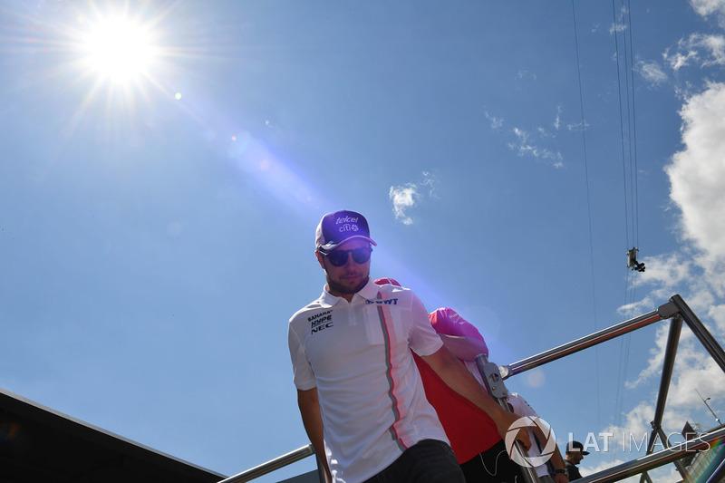 Sergio Perez, Force India lors de la parade des pilotes