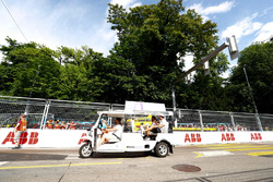 Jose Maria Lopez, Dragon Racing, Lucas di Grassi, Audi Sport ABT Schaeffler, on the drivers parade