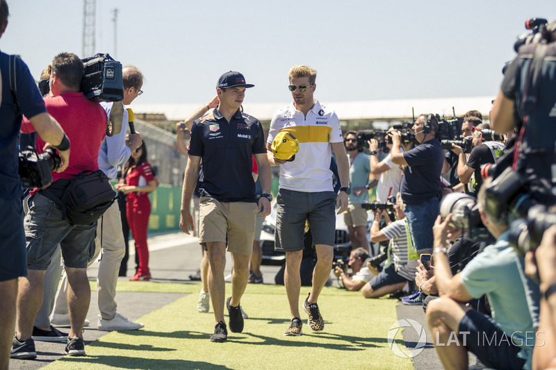 Max Verstappen, Red Bull Racing ve Nico Hulkenberg, Renault Sport F1 Team