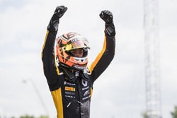 Race winner Jack Aitken, ART Grand Prix