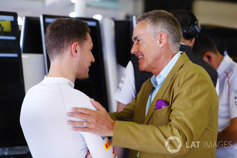 Stoffel Vandoorne, McLaren, berbincang kepada Martin Whitmarsh