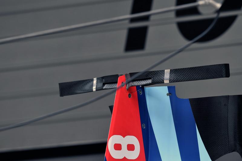 Williams FW41 bodywork detail