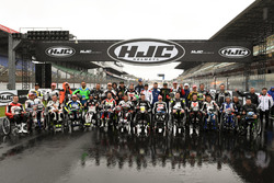 All riders of the Handy race
