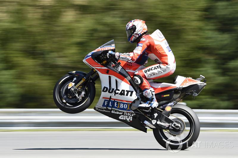 Андреа Довициозо, Ducati(MotoGP, вице-чемпион,261очко, шесть побед и два подиума)