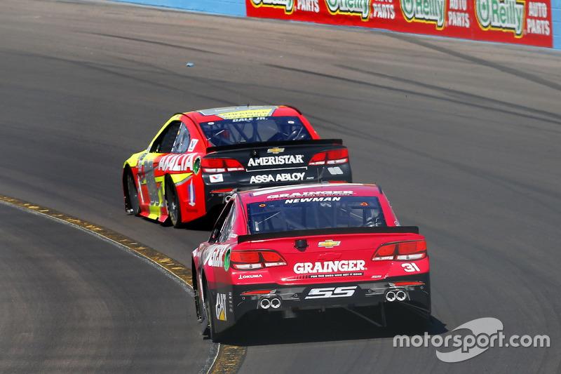 Ryan Newman, Richard Childress Racing, Chevrolet; Dale Earnhardt Jr., Hendrick Motorsports, Chevrolet