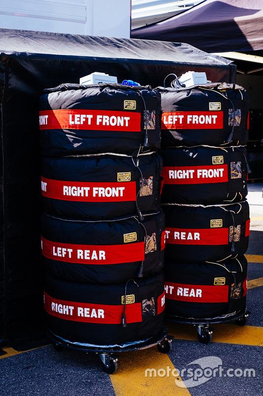 Reifen in Heizdecken