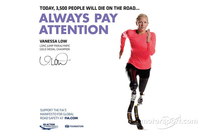 Vanessa Low, Championne paralympique du saut en longueur