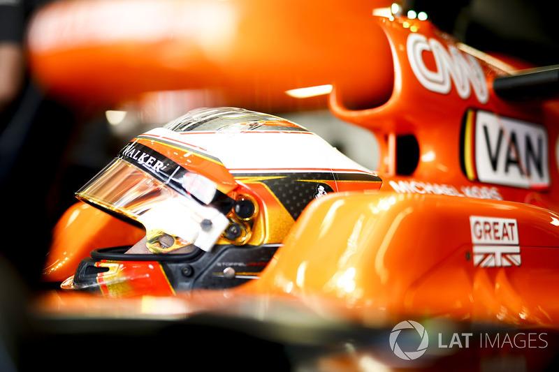 16 місце — Стоффель Вандорн, McLaren. Умовний бал — 4,785