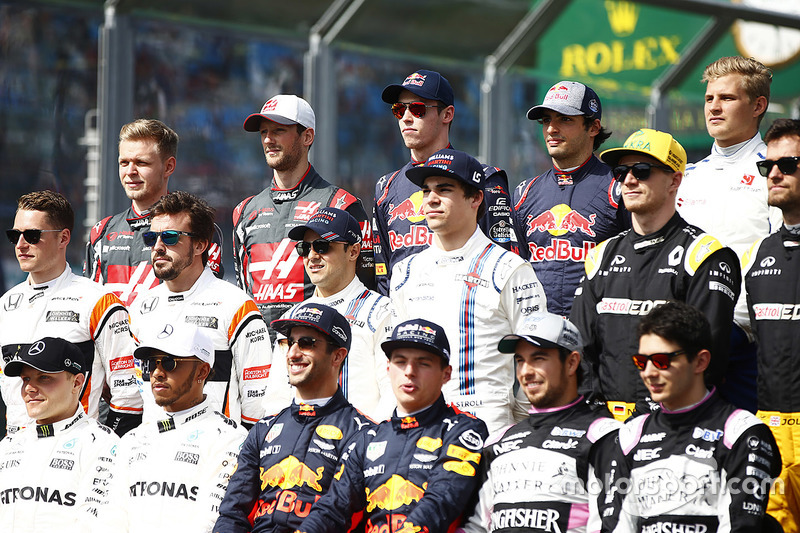 The drivers' group photo: Valtteri Bottas, Mercedes AMG, Lewis Hamilton, Mercedes AMG, Daniel Ricciardo, Red Bull Racing, Max Verstappen, Red Bull, Sergio Perez, Force India, and Esteban Ocon, Force India. Middle row, L-R: Stoffel Vandoorne, McLaren, Fernando Alonso, McLaren, Felipe Massa, Williams, Lance Stroll, Williams, Nico Hulkenberg, Renault Sport F1 Team and Jolyon Palmer, Renault Sport F1 Team Sport F1. Back row, L-R: Kevin Magnussen, Haas F1 Team, Romain Grosjean, Haas F1 Team, Daniil Kvyat, Scuderia Toro Rosso, Carlos Sainz Jr., Scuderia Toro Rosso and Marcus Ericsson, Sauber