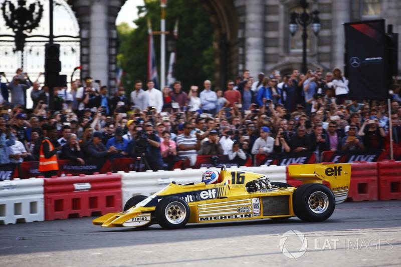 Jolyon Palmer, Renault RS01