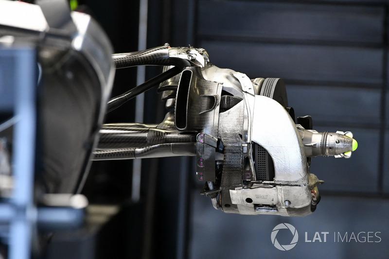 Mercedes W08: Bremsscheibe
