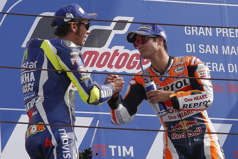 Rossi felicita a Pedrosa por su gran victoria en Misano 2016