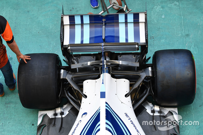 Williams FW40 achterwielophanging