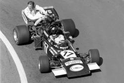 Карлос Пасе, Williams March 711, Ронні Петерсон, Tyrrell