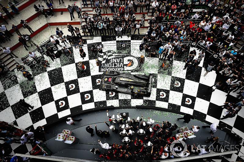 #5 Action Express Racing Cadillac DPi, P: Joao Barbosa, Christian Fittipaldi, Filipe Albuquerque celebrate the win in victory lane