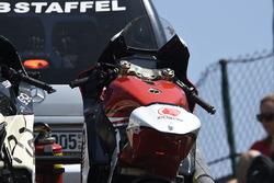 Tetsuta Nagashima, Idemitsu Honda Team Asia crashed bike