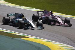 Lewis Hamilton, Mercedes AMG F1 W08, passes Sergio Perez, Sahara Force India F1 VJM10