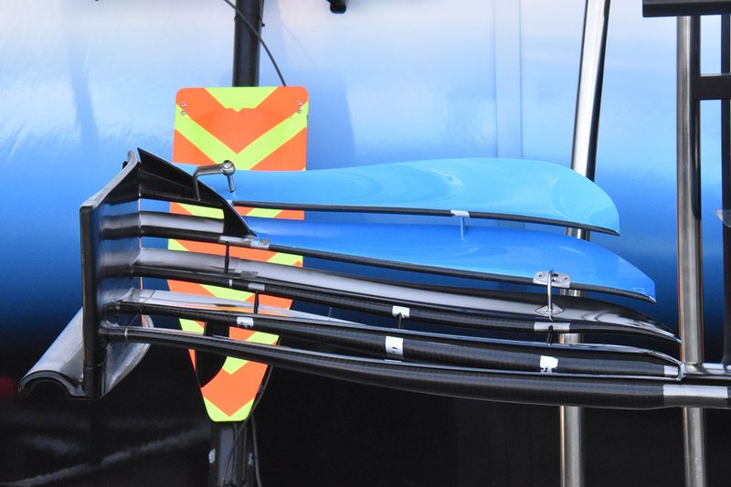 Williams FW42 front wing detail