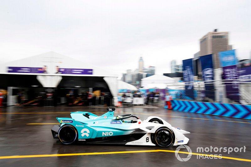 Tom Dillmann, NIO Formula E Team, NIO Sport 004 passes through the pit lane