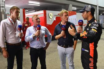 Paul di Resta, Sky TV, Johnny Herbert, Sky TV, Simon Lazenby, Sky TV talks with Daniel Ricciardo, Red Bull Racing