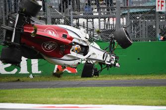 Авария: Маркус Эрикссон, Alfa Romeo Sauber C37