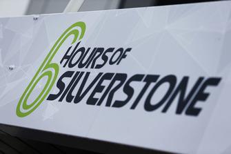 6 Hours of Silvertsone signage