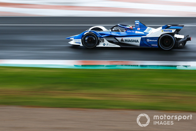 Antonio Felix da Costa, BMW I Andretti Motorsports, BMW iFE.18 con las nuevas luces LED azules del Halo, en modo ataque