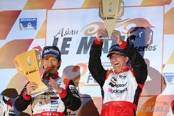 Podium: race winner Shinji Nakano, Nicolas Leutwiler, Race Performance