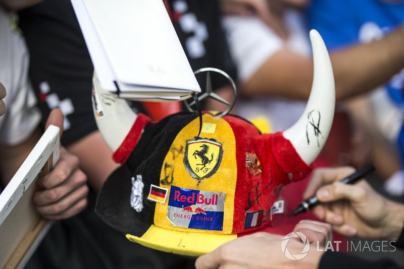 Fans hat