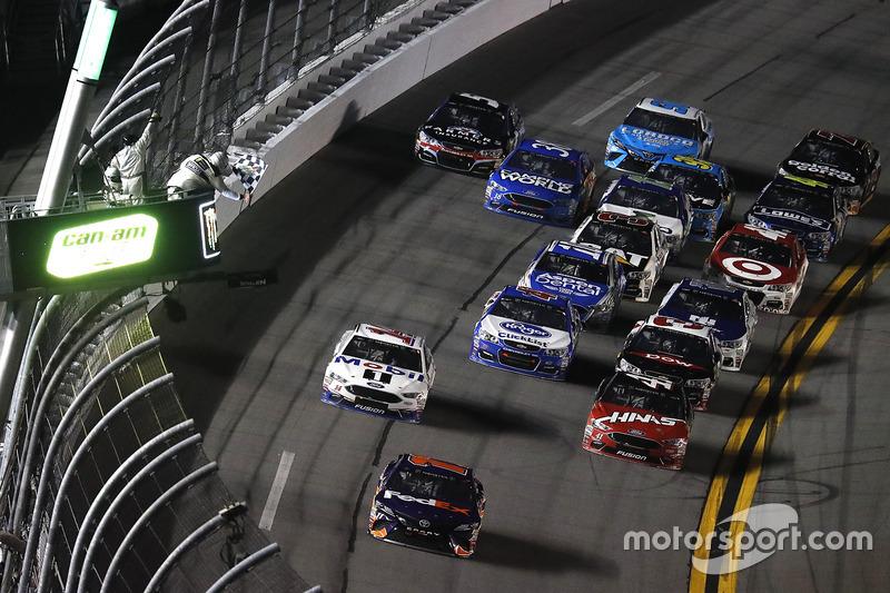 Sieg in Duel 2 für Denny Hamlin, Joe Gibbs Racing, Toyota