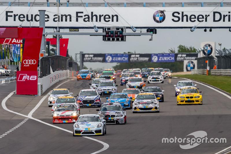 Group 3 race start