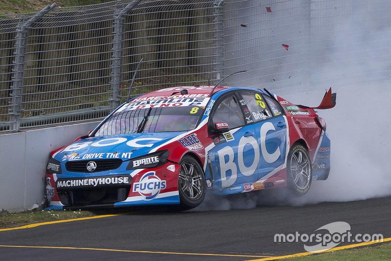 3. Jason Bright, Brad Jones Racing Holden crash