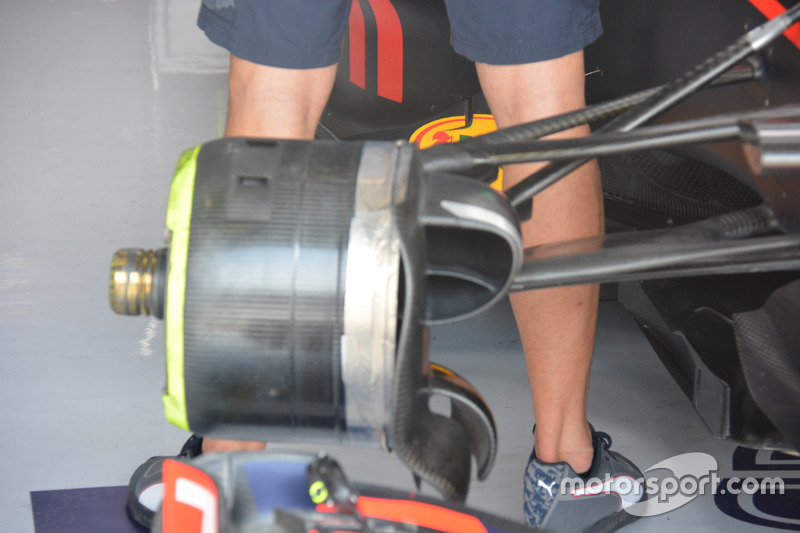 Vorderradbremse am Auto von Daniel Ricciardo, Red Bull Racing RB12