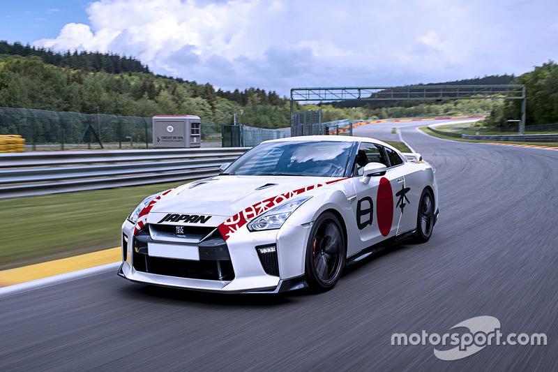 Giappone: Nissan GT-R