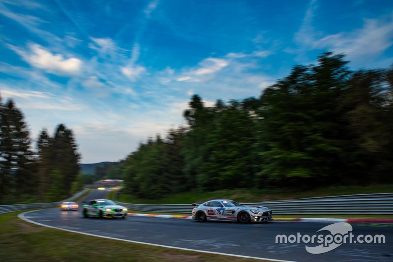 Кристиан Стингу, Доминико Соломбрино, Йохен Хербст, Даниэль Шверфельд, Team Mathol Racing, Mercedes AMG GT4 (№75)