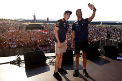 Max Verstappen and Daniel Ricciardo, Red Bull Racing