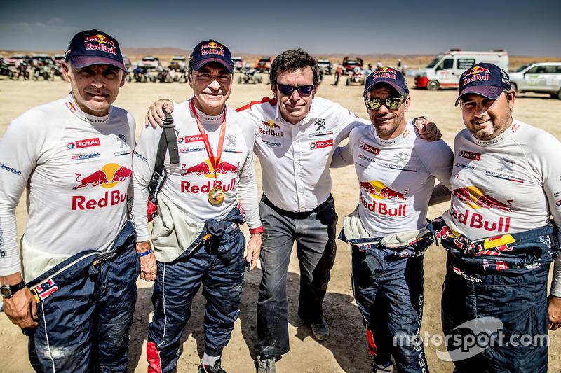 Carlos Sainz, Lucas Cruz, Sébastien Loeb, Daniel Elena, Peugeot Sport, con  Bruno Famin