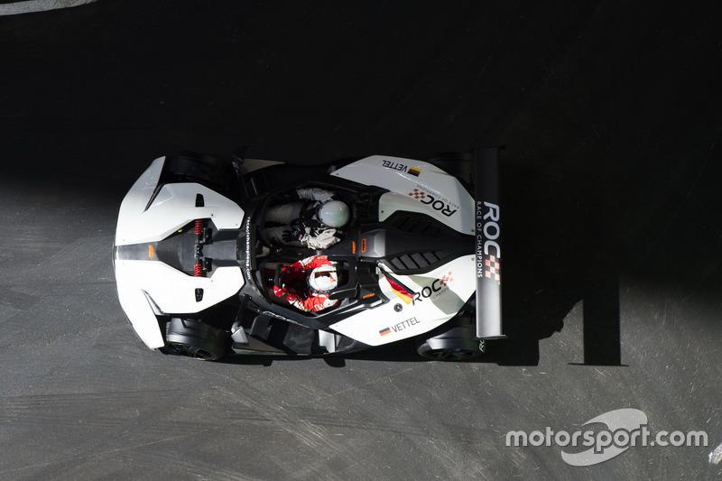 Team Alemania Sebastian Vettel, conduce el KTM X-Bow Comp R