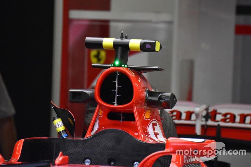 Ferrari SF70H: Pitotrohr an der Airbox