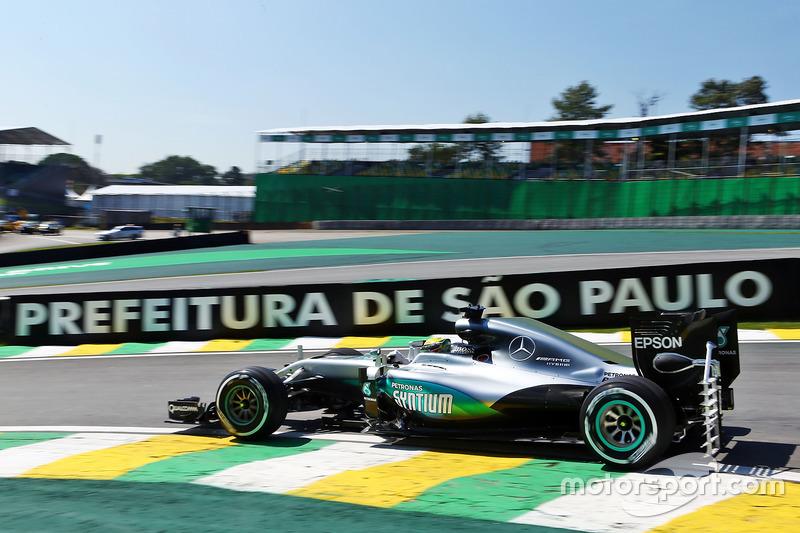 Lewis Hamilton, Mercedes AMG F1 W07 Hybrid with sensor equipment on the rear diffuser