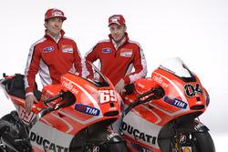 Nicky Hayden, Ducati Team; Andrea Dovizioso, Ducati Team