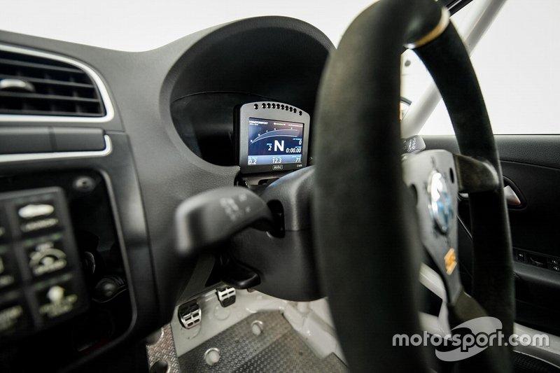 Volkswagen Polo RX cockpit detail