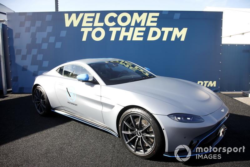 А також стало відомо про приєднання Aston Martin