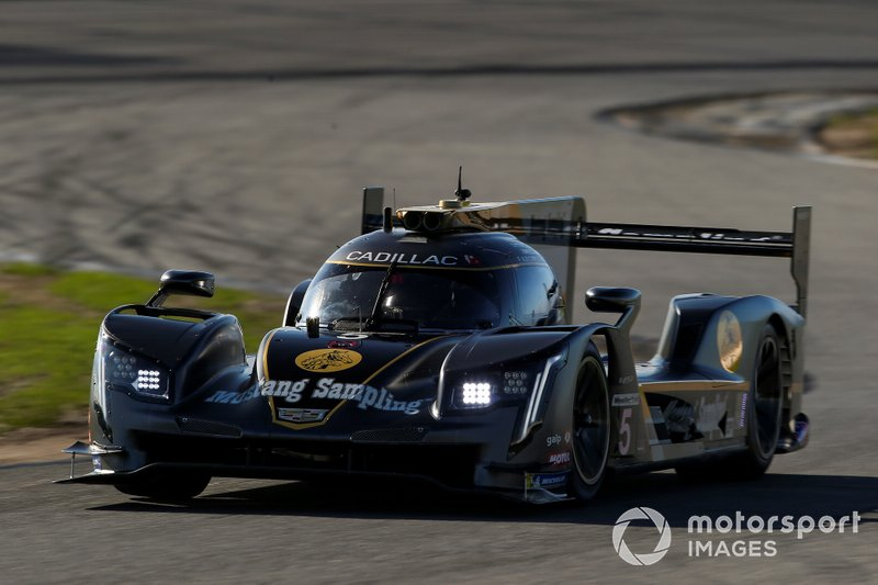 #5 Mustang Sampling Racing: Cadillac DPi (DPi)